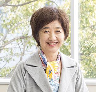 至学館大学・同短期大学部 理事長・学長 谷岡 郁子