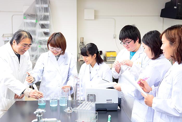 生化学実験室